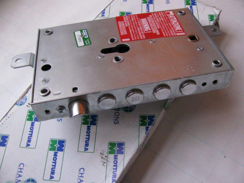 Sostituzione serrature cisa mottura 320 2439595 - Serrature mottura sostituzione cilindro ...
